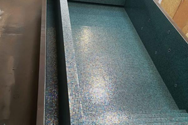 mozaik-zwembad1651e8d0c2-b63c-9874-b2c0-22a74ba6d32a3D8B68CD-B731-BDF1-4FAE-67E13873DF25.jpg